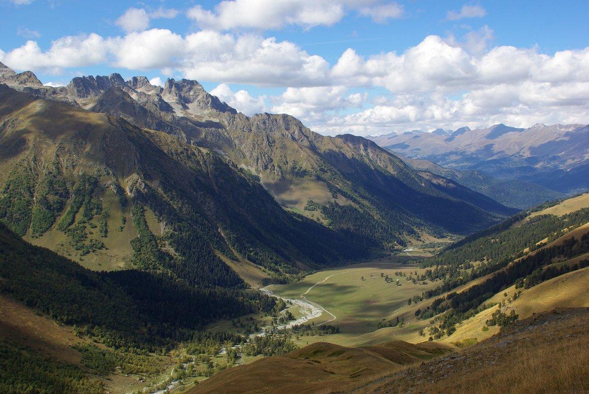 Долина , чудная долина ... - Андрей Любимов