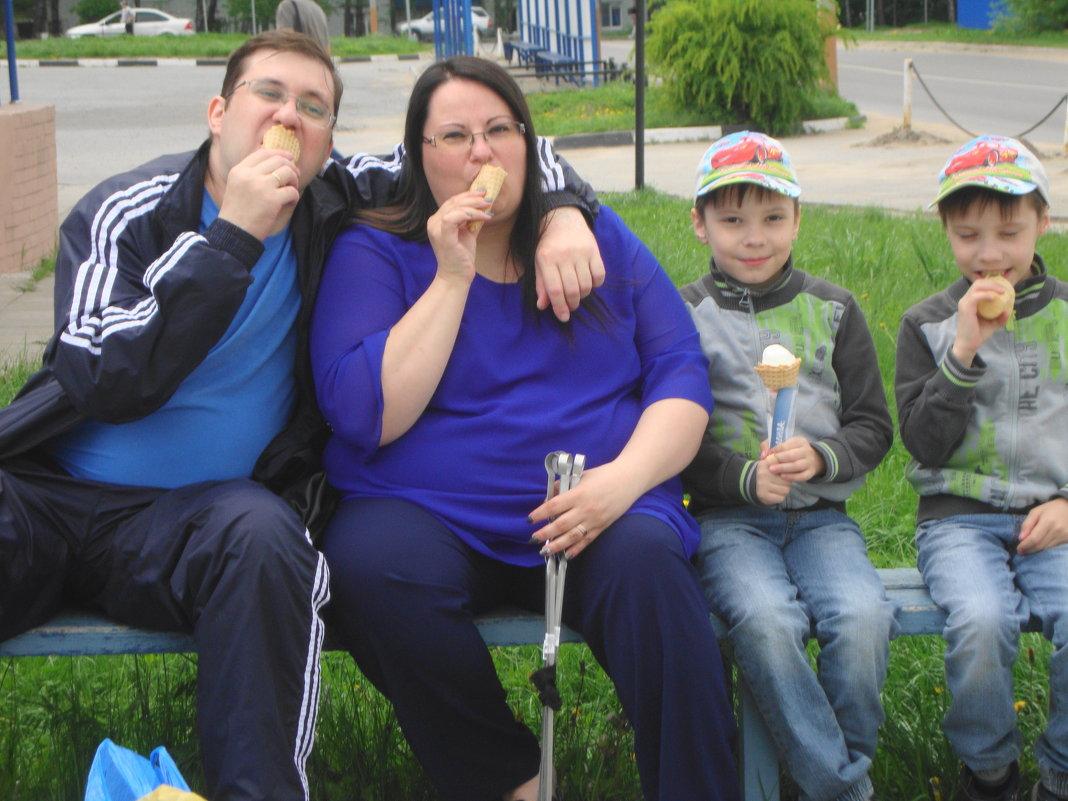 когда мама любит мороженое... - Галина Филоросс
