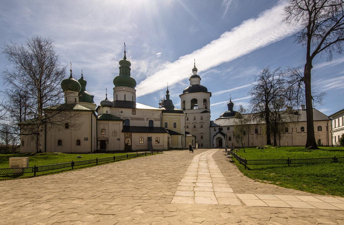Кирилло-Белозерский монастырь - Наталья Левина