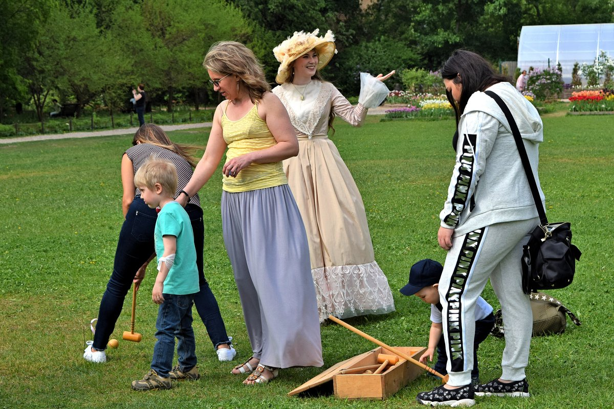 Милая барышня приглашает поиграть в старинную игру крикет! - Татьяна Помогалова