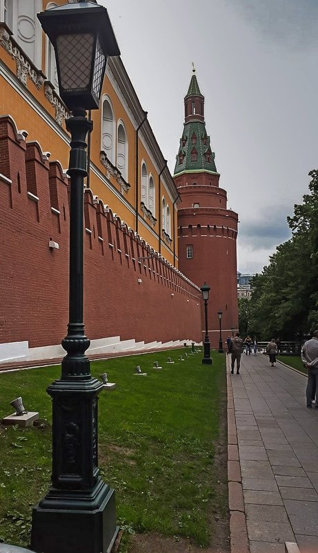 Стена Кремлёвская - Павел