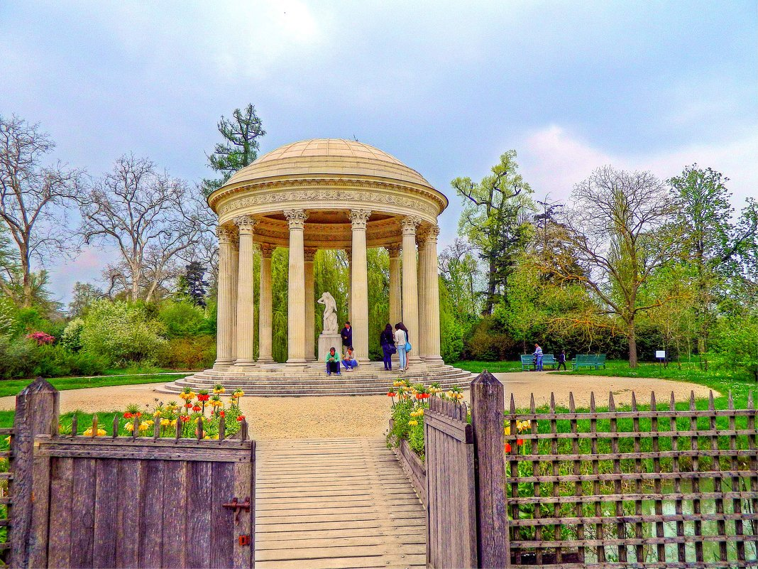 беседка в Версальском парке - Александр Корчемный
