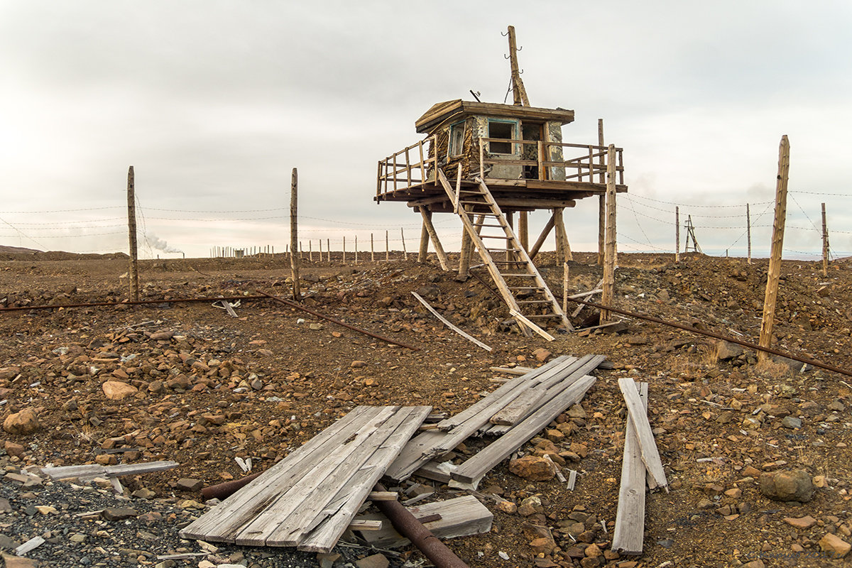 Караульная вышка на бывшем складе ВВ - Сергей Карцев