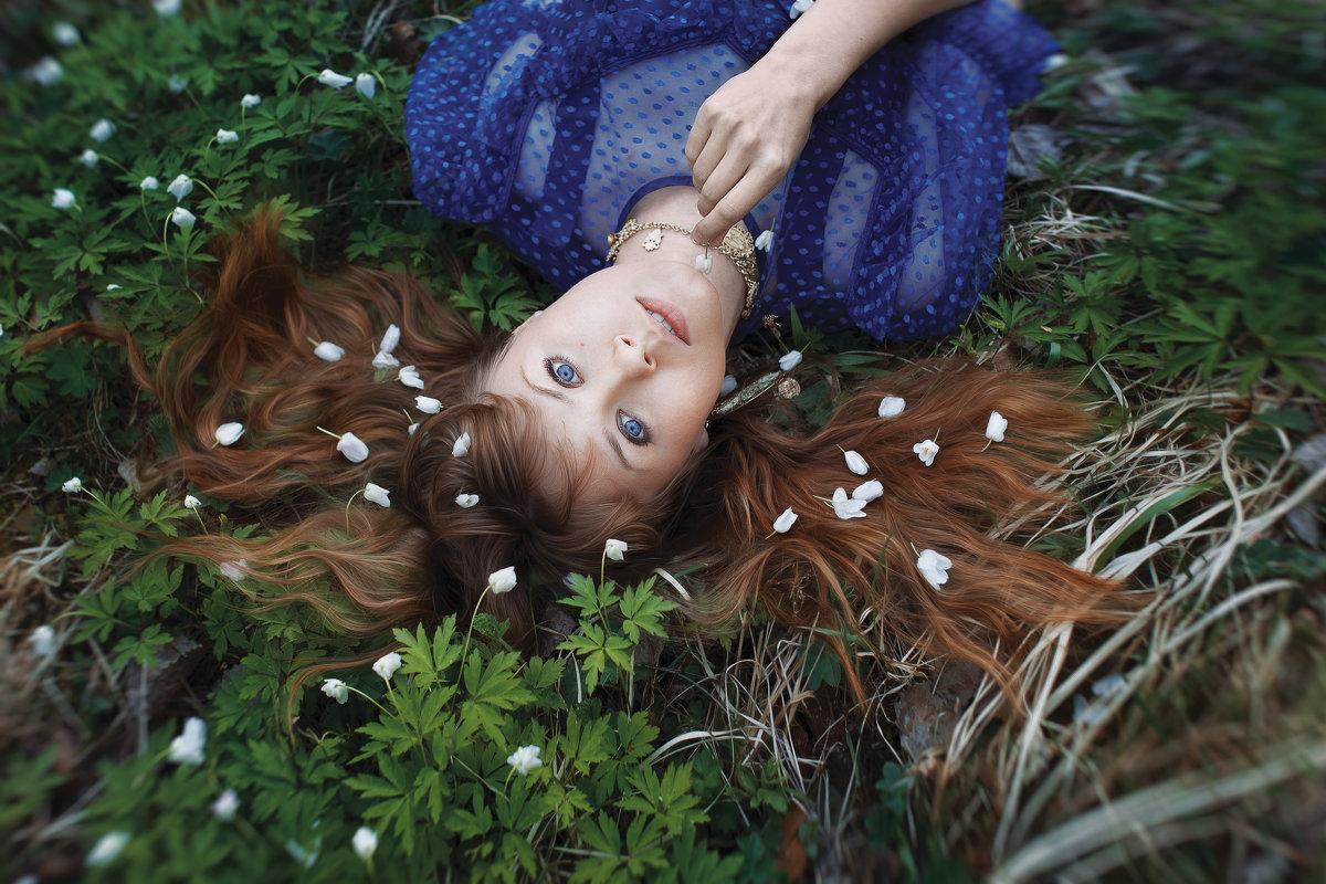 первые цветы - Светлана Никотина