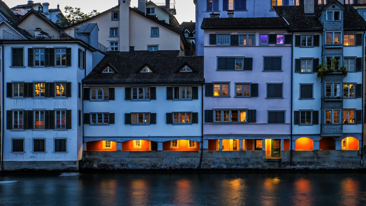 evening windows of Zurich - Dmitry Ozersky