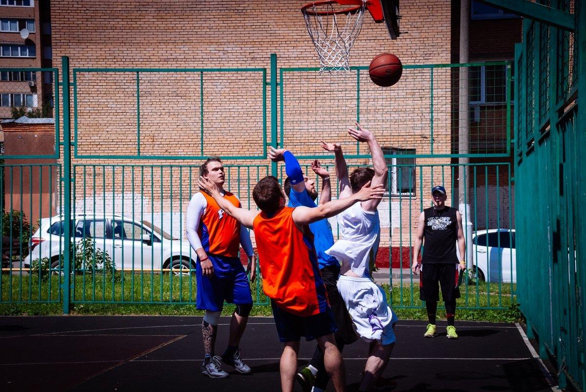 Турнир по стритболу, посвященный Дню России - Центр Юность