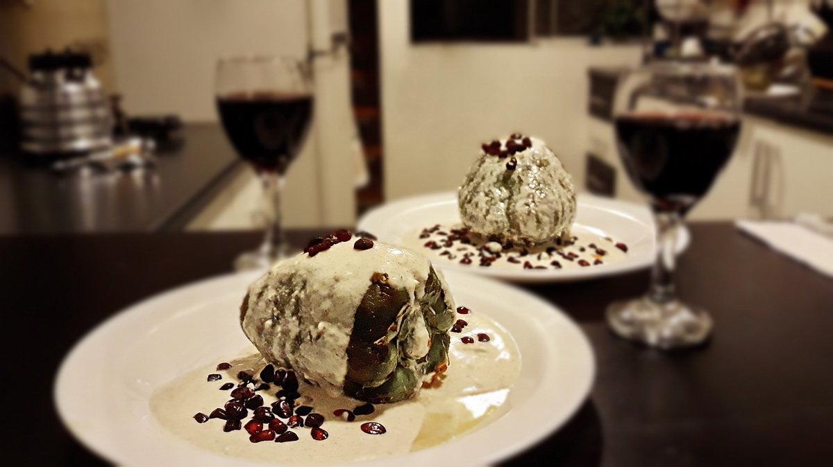 Мексиканский фаршированный перец в ореховом соусе (Chiles en nogada) - Svetlana Galvez