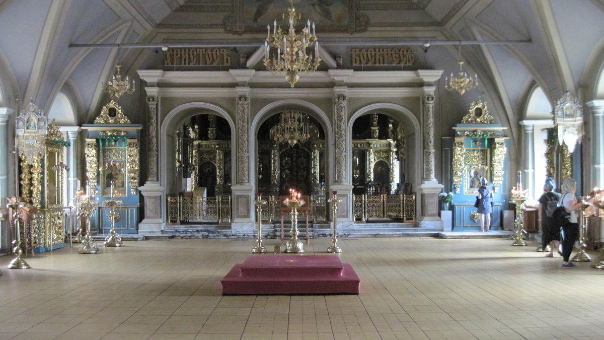 Успенский храм Новодевичьего монастыря - Маера Урусова