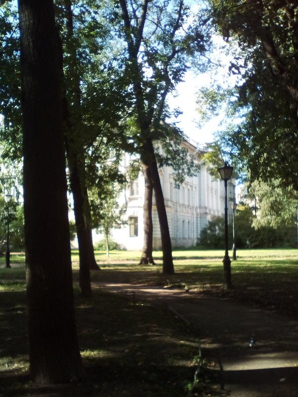 В парке Сан-Галли. (Санкт-Петербург). - Светлана Калмыкова