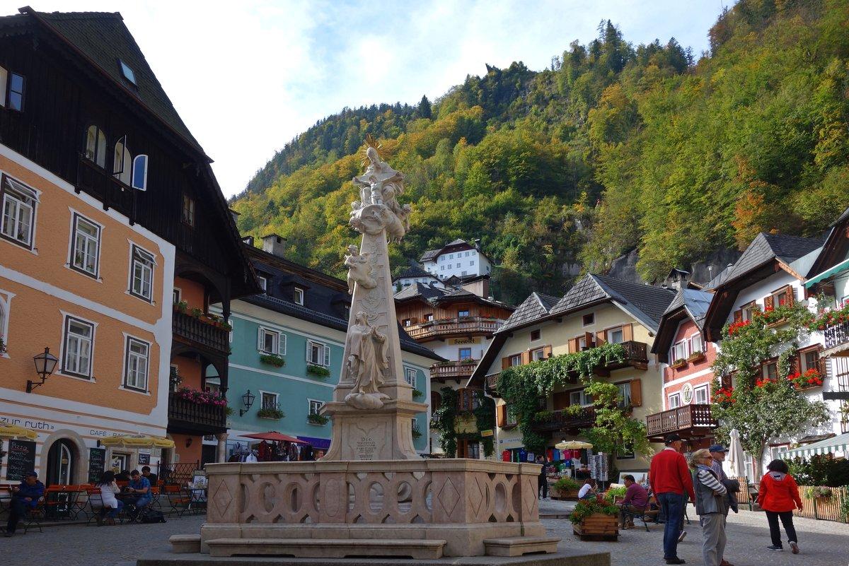 Рыночная площадь (Marktplatz),Xальштат (Hallstatt), Зальцкаммергут, Австрия. - Galina Dzubina