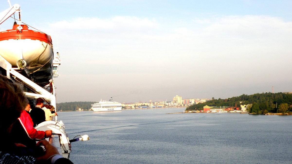 в порту  6 - Сергей