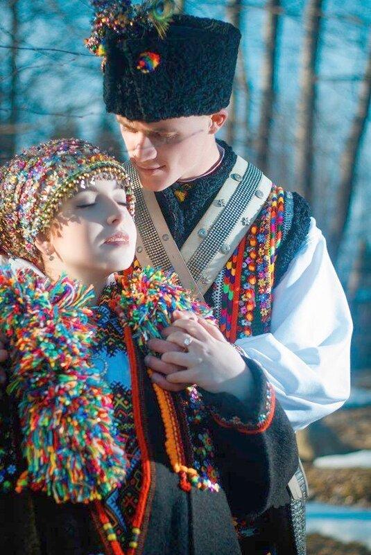 Закохана пара горян - Степан Карачко
