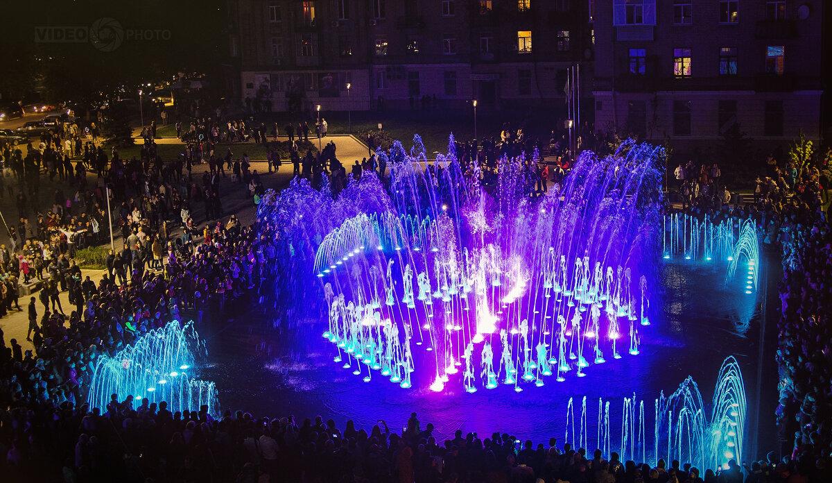 Площадь Ленина в Новомосковске - Антуан Мирошниченко