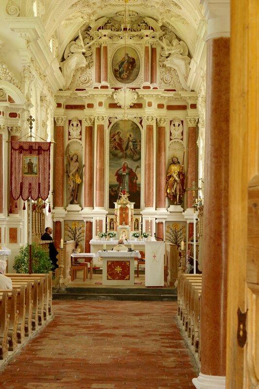 В церкви Свяятого Коломана - Сергей Моченов
