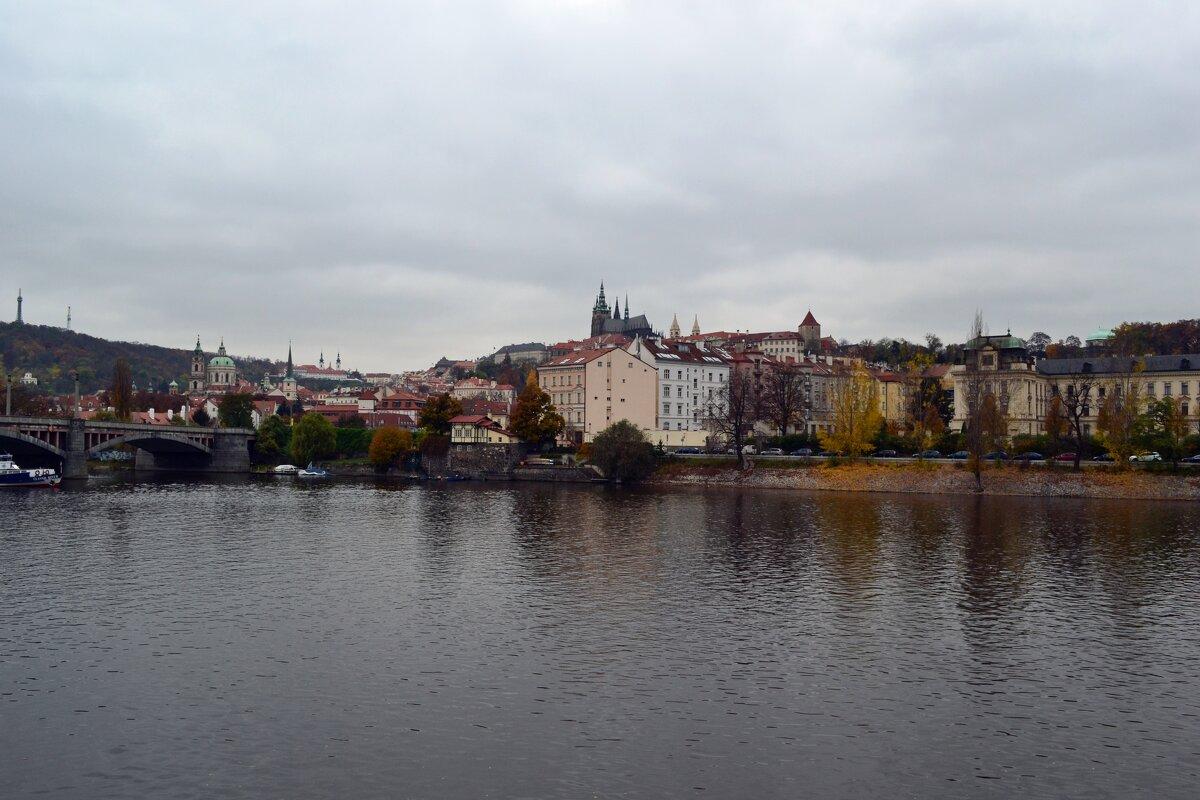 Осень на Влтаве - Ольга