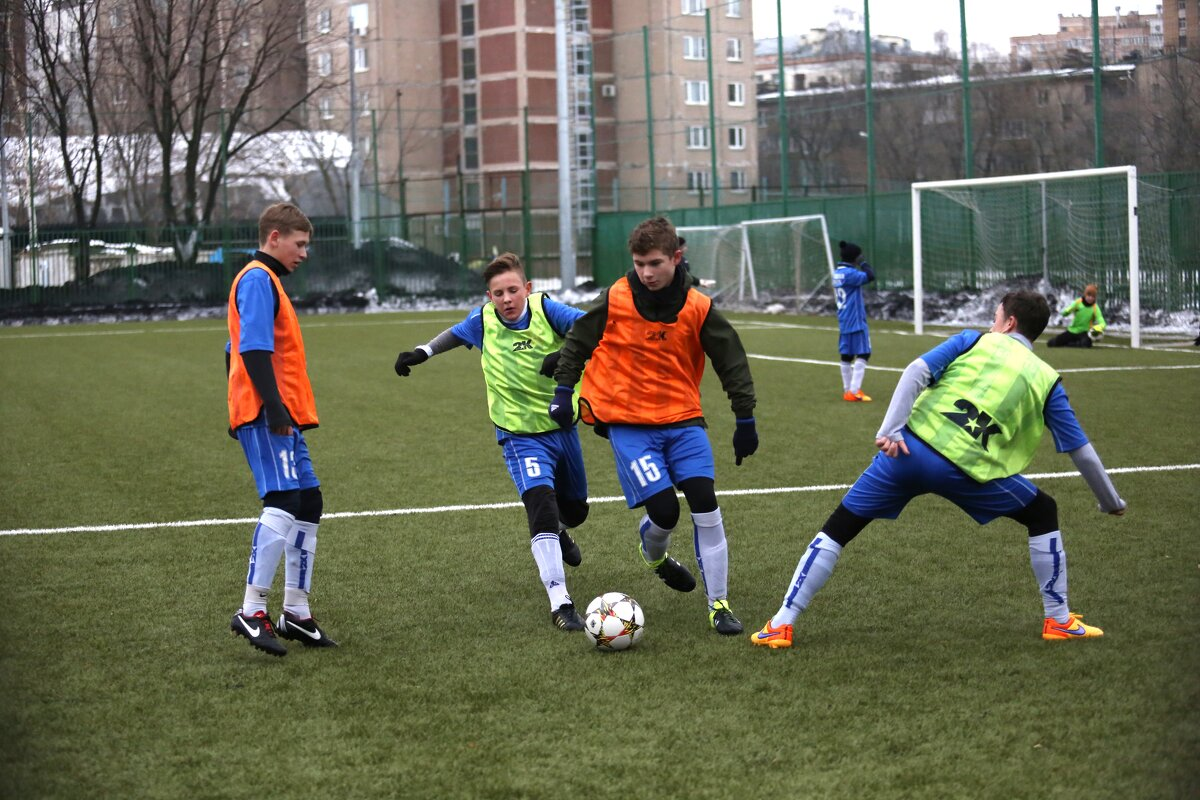 Футбол. - Валерий