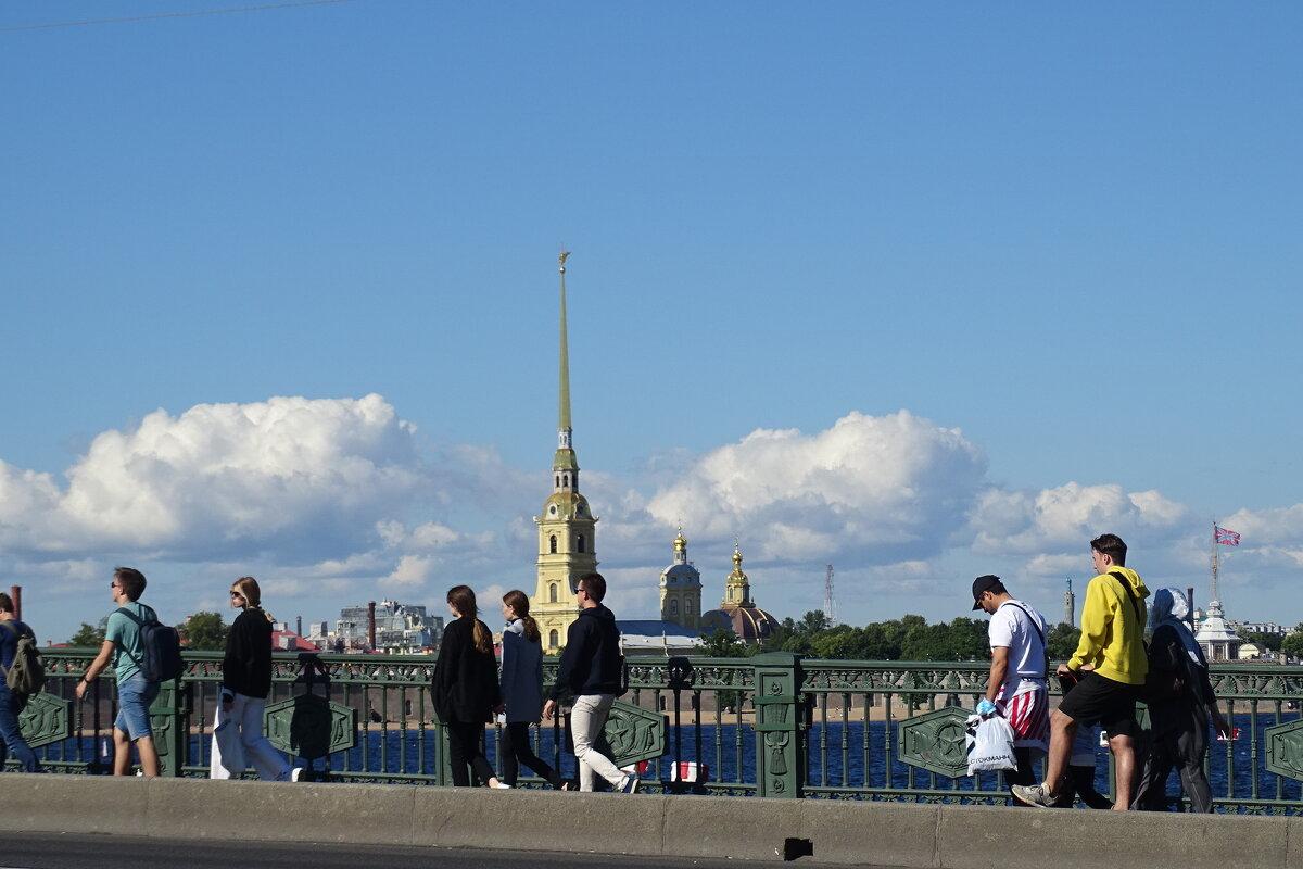 прогулки по городу - Sabina