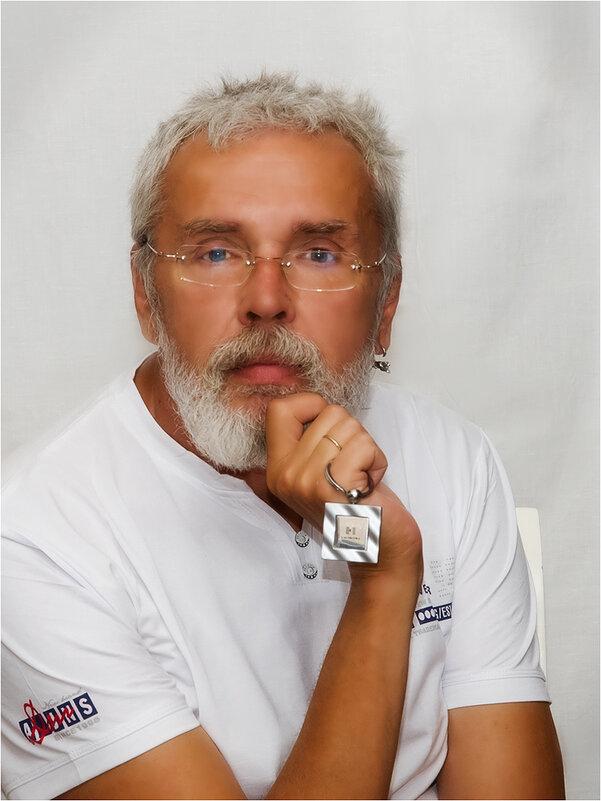 Мой друг - художник и поэт. - Василий Бобылёв
