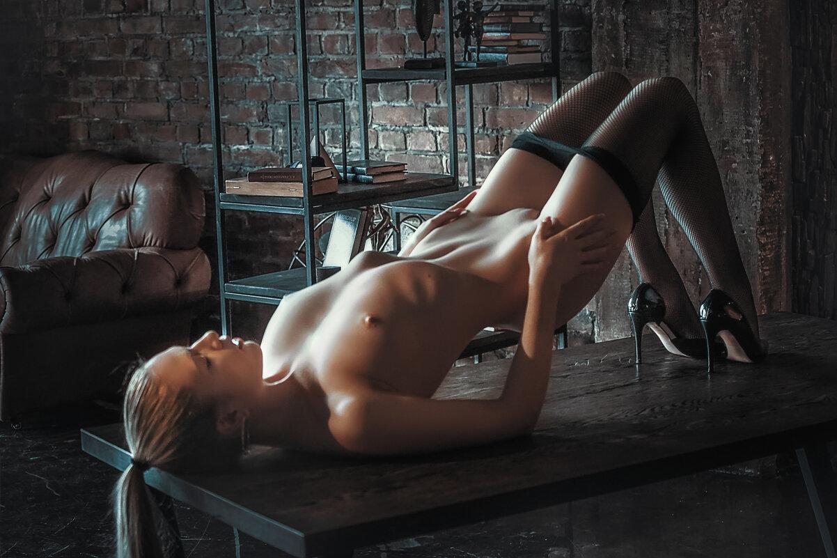 Model:Fia Meos - Александр Бабаев
