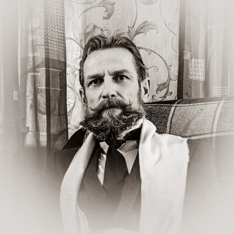 Образы. Подражая прошлому, век 19-й... - Геннадий Коробков