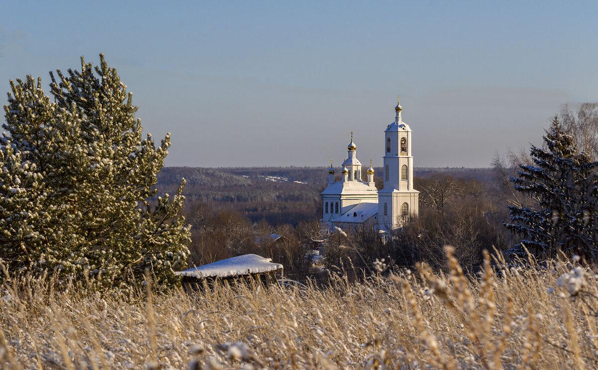 Пейзаж с храмом - Сергей Цветков