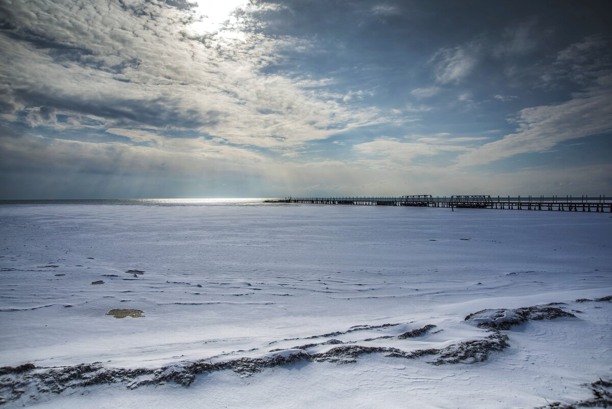 Зима на Чёрном море - Александр Довгий