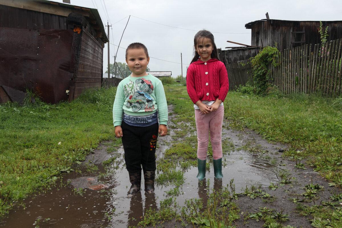 Маша и Мишка в сапогах - Валерий Михмель