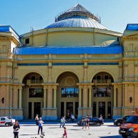 Театр Мюзик-Холл. :: Александр Лейкум
