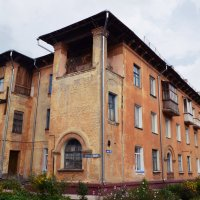 Жилой дом :: Евгения Латунская