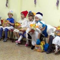 Бусинки и снеговики с подарками! :: Елизавета Успенская