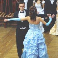 Танец знакомств :: Даша Выводнова