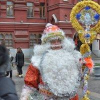 Дорогой Санта Клаус, не клади мне подарок под ёлку, пожалуйста. Загоняй его сразу в гараж! :: Ирина Данилова