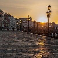 Утро в Венеции :: Сергей Вахов