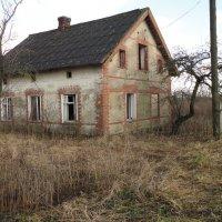 Заброшенный дом. :: Александр Крылов