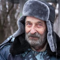 Мне 90, с небольшим... :: brewer Vladimir