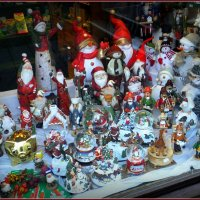 Новогодние игрушки... :: Владимир Секерко