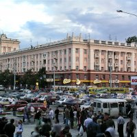 Выход в город :: Юрий Муханов