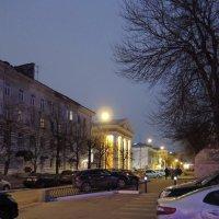 Вечерняя улица :: Андрей Козов