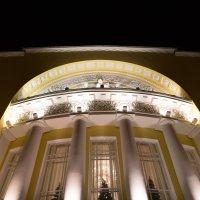 фасад Волковского театра :: Дмитрий Николаев