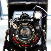 Старинный фотоаппарат Yoigflander :: Пухлый _наркотик