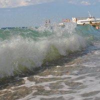 Бушующее море :: Светлана Гугис