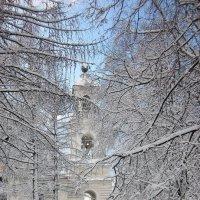 Зимняя дорога к храму. :: Михаил Попов