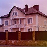 Скромный домик в каттеджном поселке Минска. :: Nonna