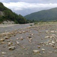 Горная река :: Ольга Карпачева
