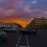 Невский на закате :: Александр Неустроев