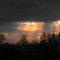 Тревожный закат! :: Владимир Шошин
