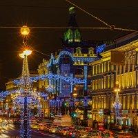 Новогодний Невский :: Александр Неустроев