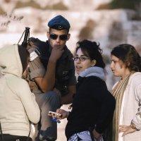 на посту-солдат ВВ-Израиль-מִשְׁמַר הַגְּבוּל«Израиль, всё о религии...» :: Shmual Hava Retro
