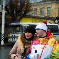 Олимпийский огонь в Саратове :: Дмитрий Тарарин