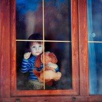 У окна :: Марина Чурганова